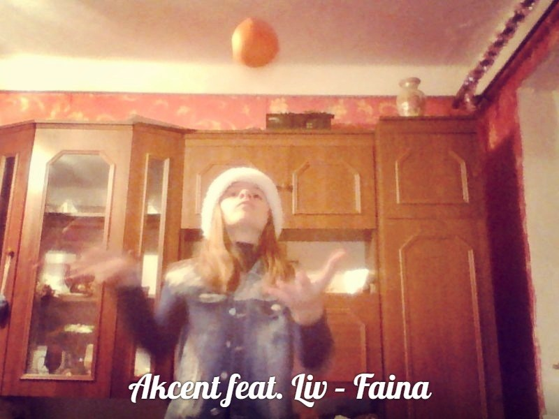 Akcent - Faina (feat. Liv)