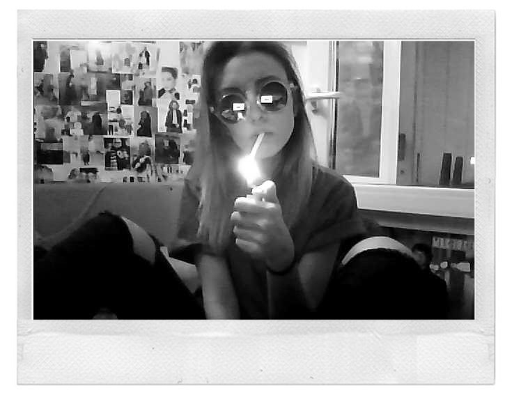 Arctic Monkeys - Cigarette Smoke