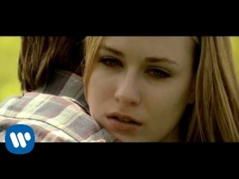 Green Day - Wake Me Up When September Ends [Official Music Video]