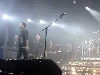 Queen We will Rock you + Adam Lambert + Виктор Романченко (Vicktor Romanchenko) live 2012