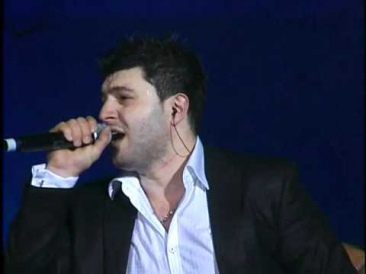 Razmik Amyan - Bella Signorina (Live in Concert Official version new 2011)